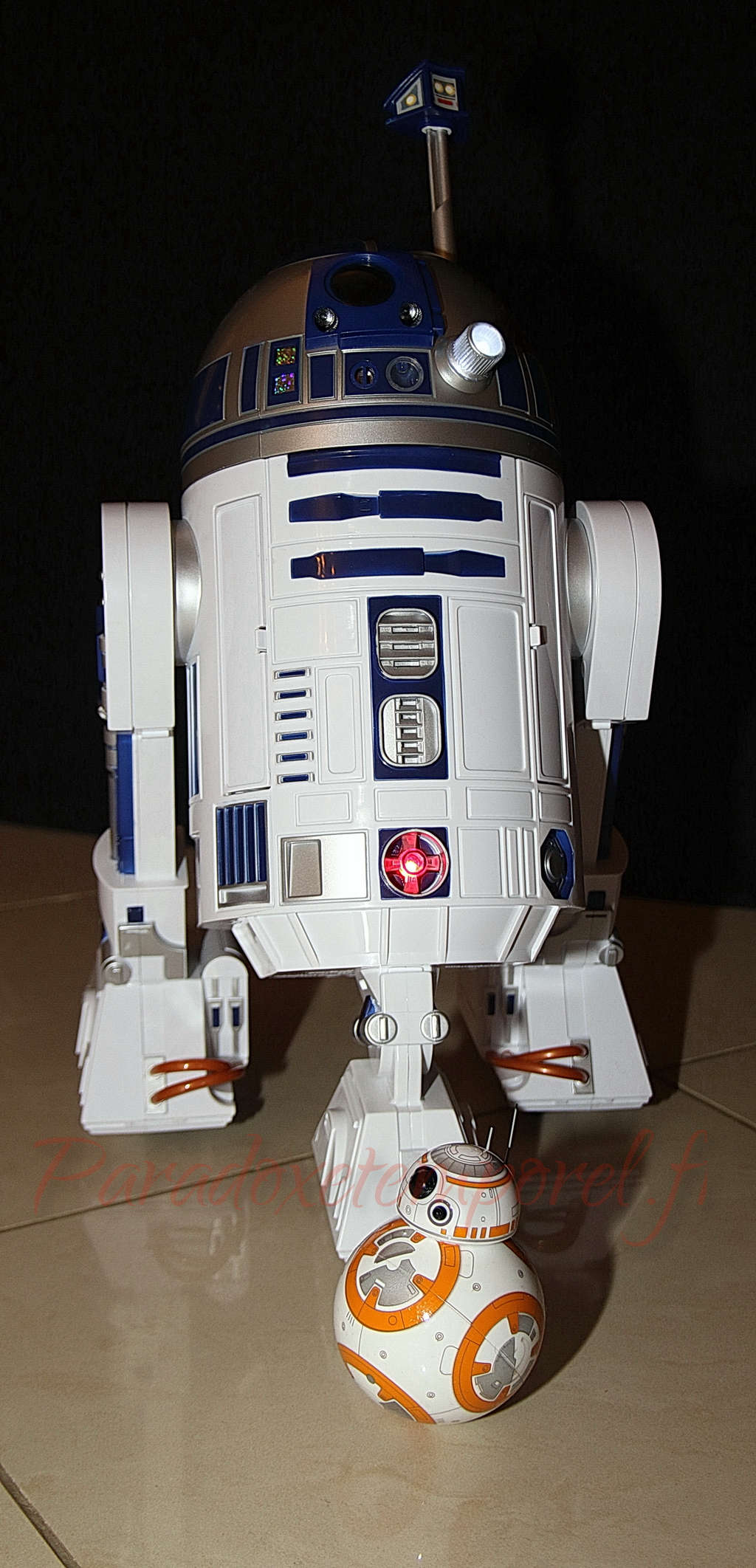 bb-8-R2d2-paradoxetemporel-1024