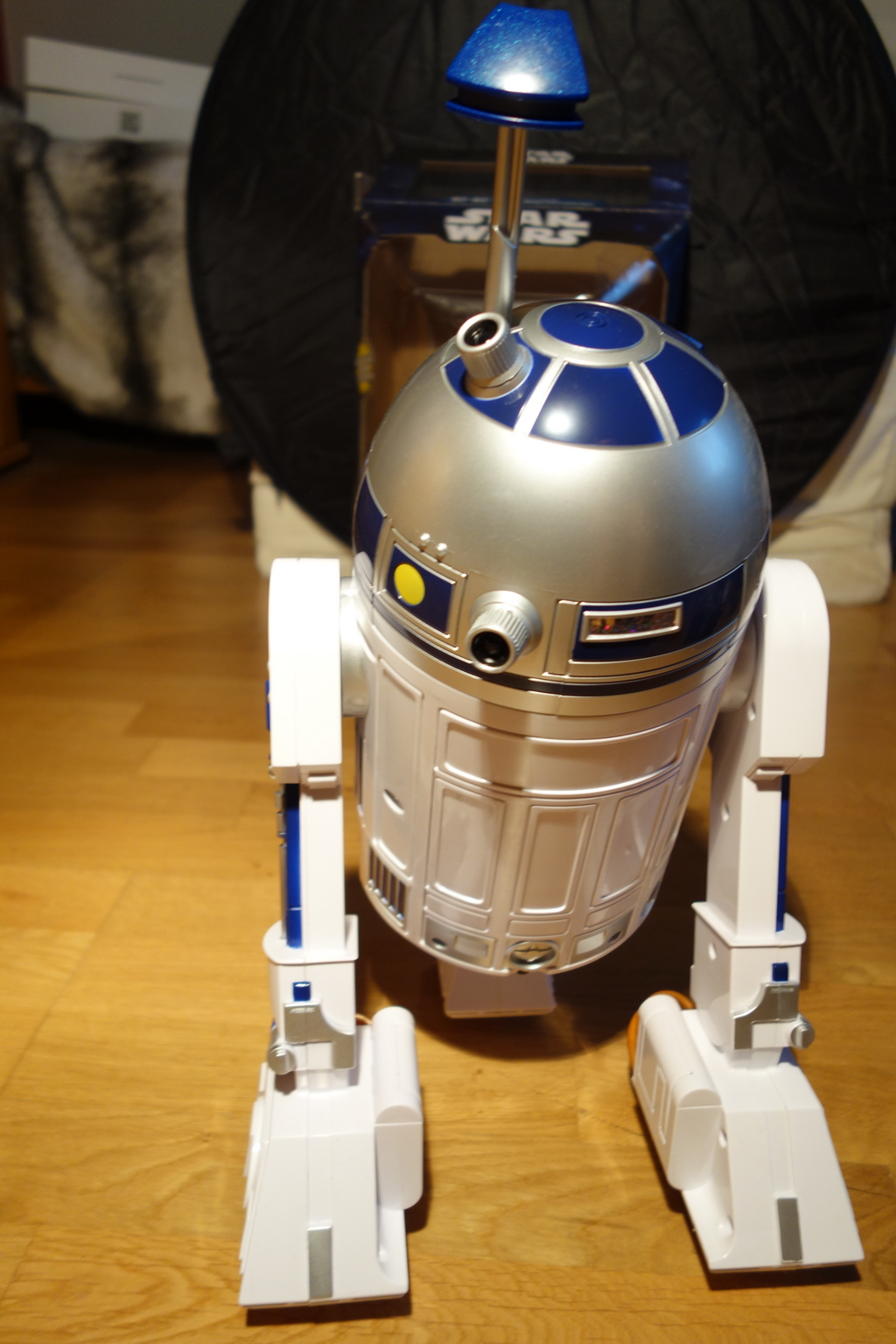 r2-d2-droid-interactive-2