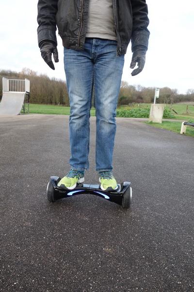 hoverboard5_redimensionner