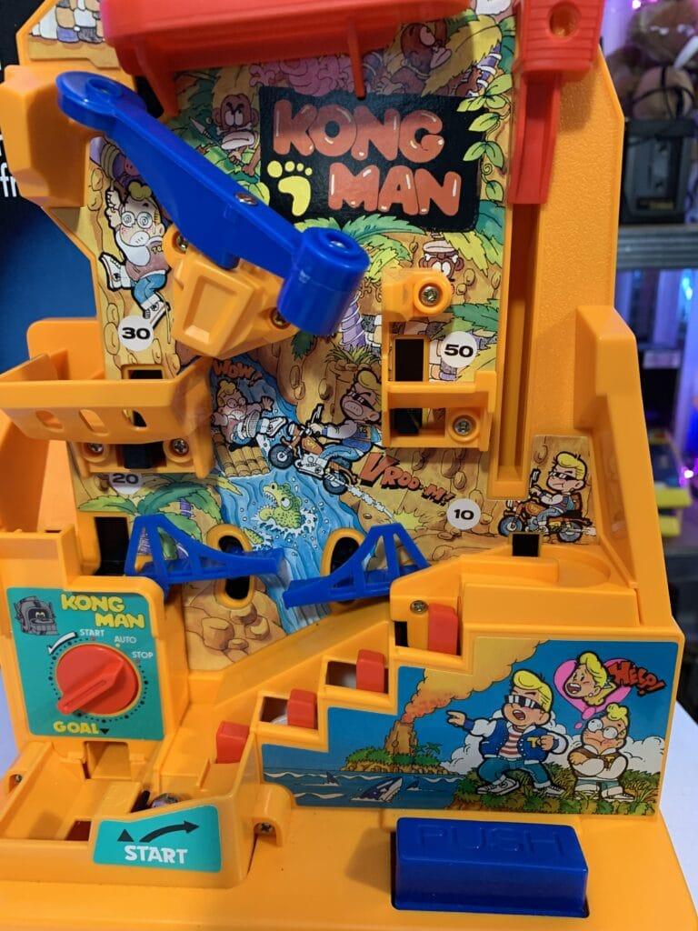 Les divers épreuves et pièges dans Kong man